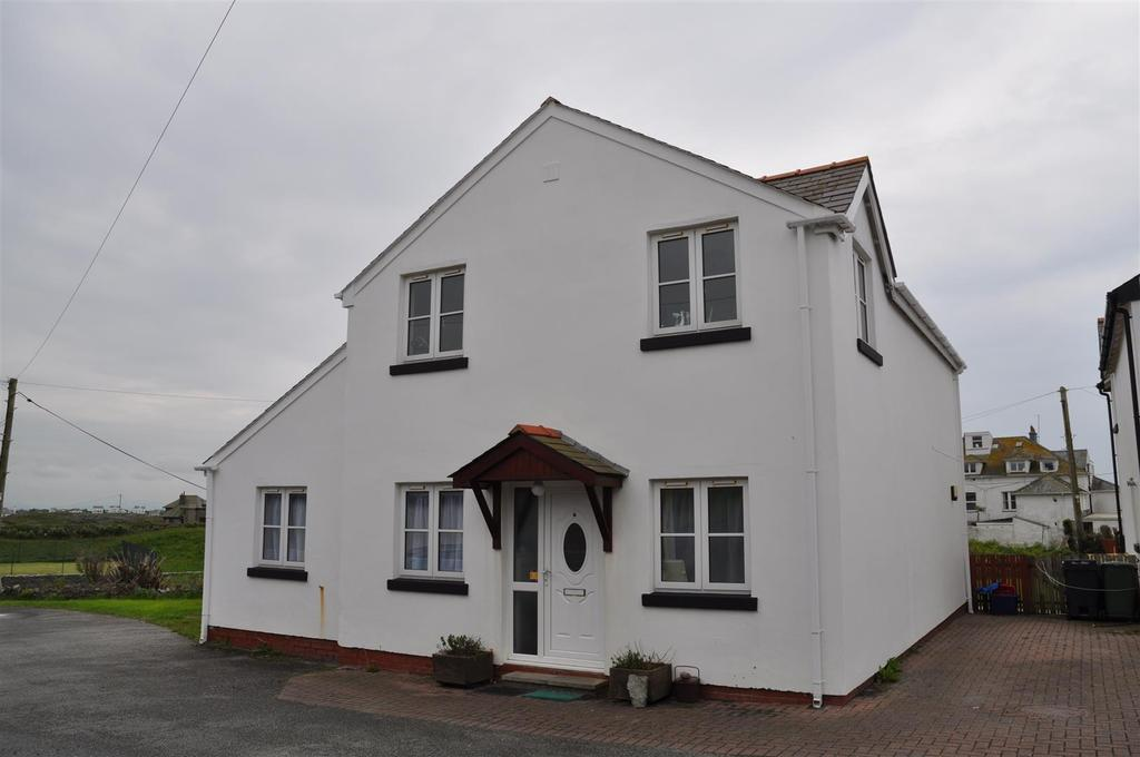 4 Bedrooms House for sale in Traeth Atsain, Trearddur Bay, Holyhead