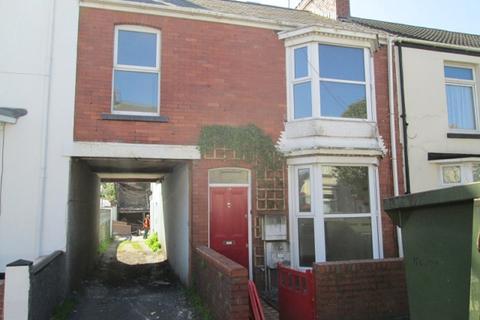 3 bedroom apartment - First Floor Flat, 77 St Helens Avenue, Brynmill, Swansea.  SA1 4NN