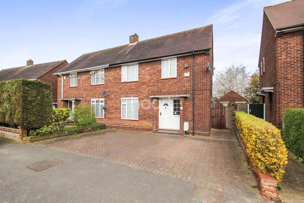3 Bedrooms Semi Detached House for sale in Super Sized Plot In St Annes