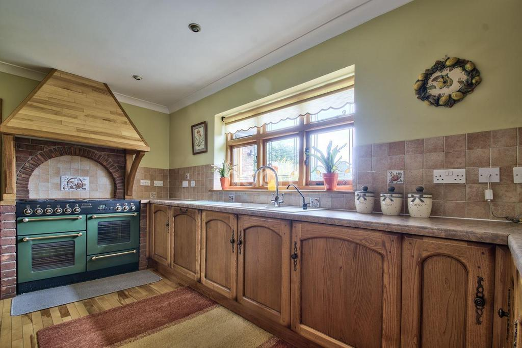 3 Bedrooms Bungalow for sale in March Rd, Welney