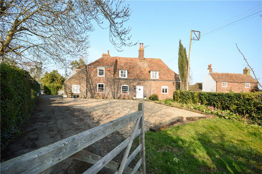 5 Bedrooms Detached House for sale in The Street, Preston, Canterbury, Kent