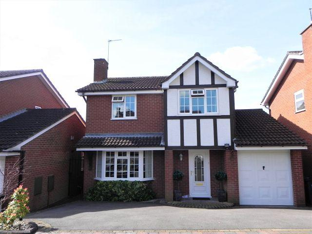 4 Bedrooms Detached House for sale in Mills Avenue,Walmley,Sutton Coldfield