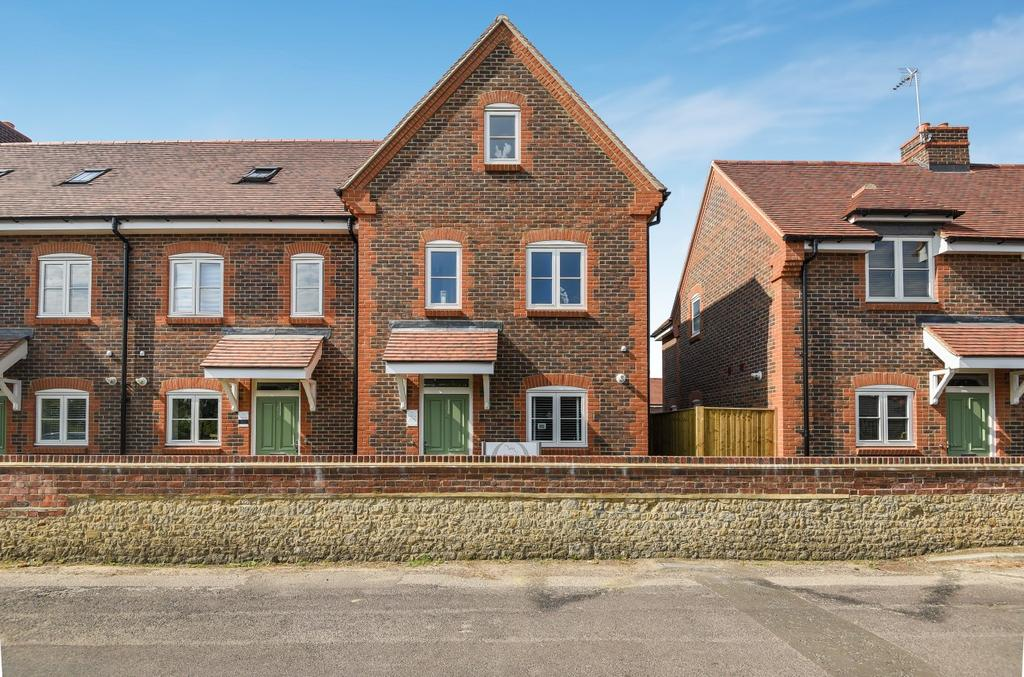 3 Bedrooms House for sale in Lamberts Lane, Midhurst, GU29