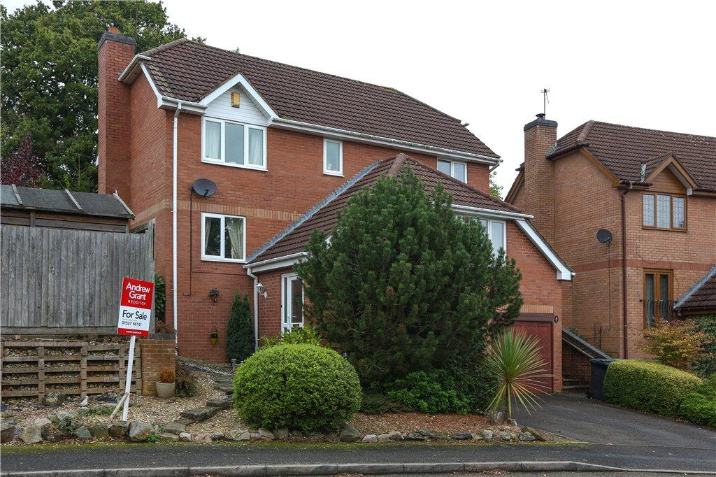 4 Bedrooms Detached House for sale in Coleford Close, Webheath, Redditch, Worcestershire, B97