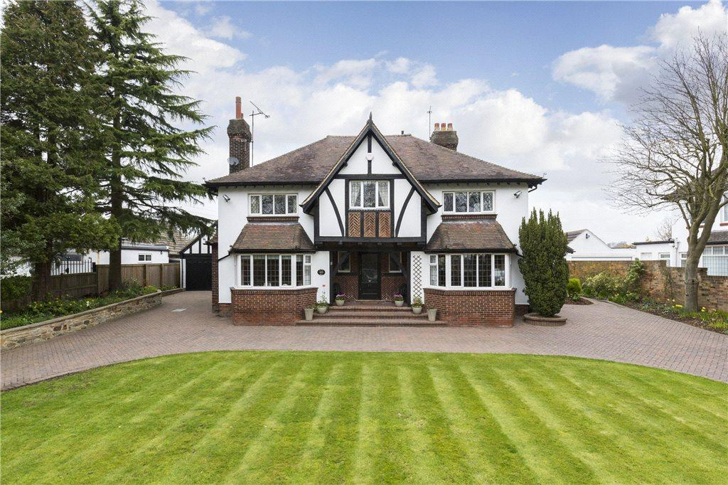 6 Bedrooms Detached House for sale in St. Helens Lane, Leeds, West Yorkshire