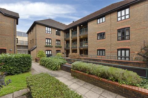2 bedroom flat to rent - Regent Court, Sheet Street, Windsor, Berkshire, SL4
