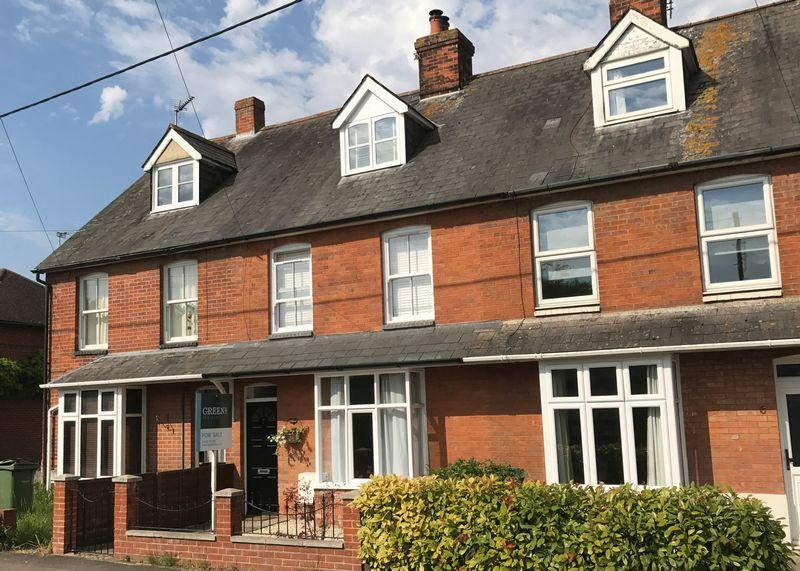 3 Bedrooms Terraced House for sale in Springfield Road, Wantage