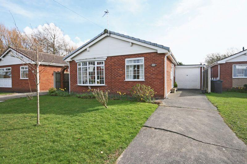 2 Bedrooms Detached Bungalow for sale in Farnham Way, Carleton
