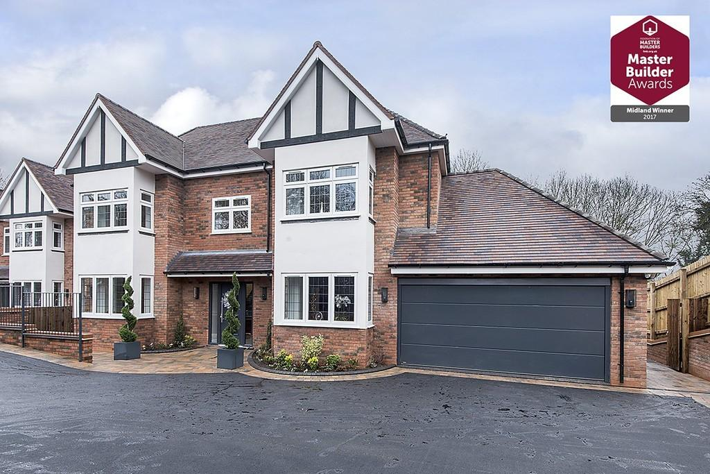 5 Bedrooms Detached House for sale in Chessetts Wood Road, Lapworth
