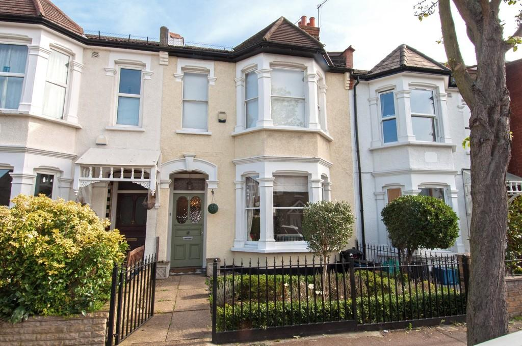 4 Bedrooms Terraced House for sale in Pulteney Road, South Woodford