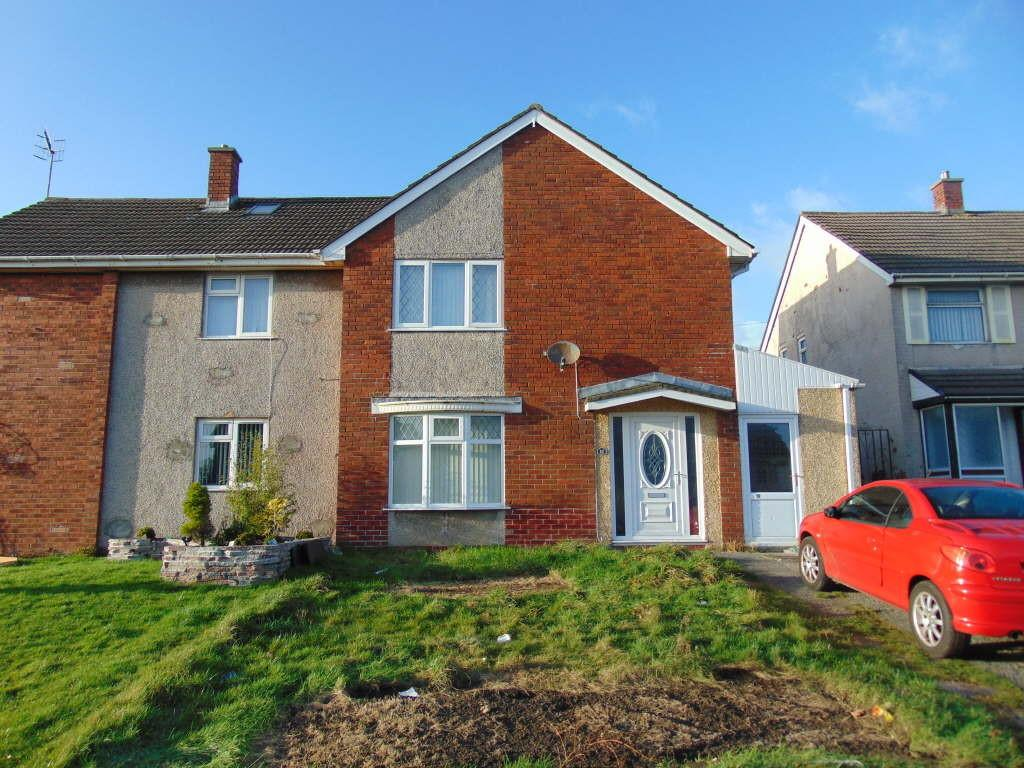 3 Bedrooms Semi Detached House for sale in Golygfor, Llanelli, Llanelli, Carmarthenshire