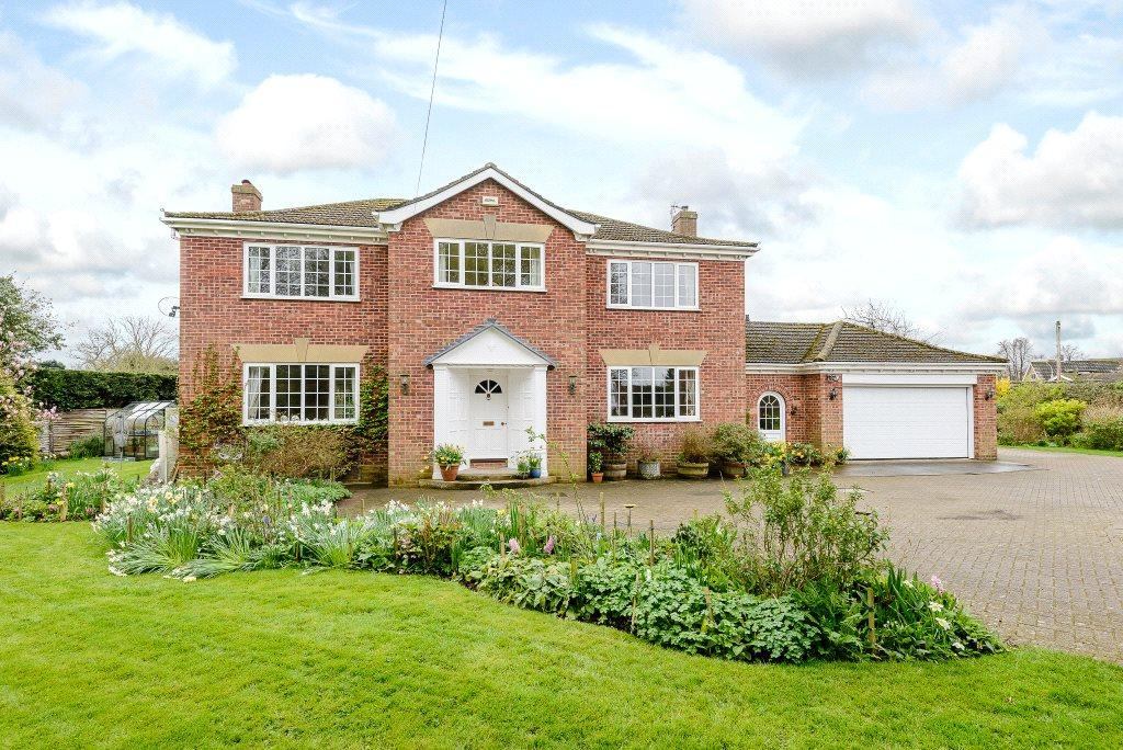 4 Bedrooms Detached House for sale in The Walled Garden, Keddington Road, Louth, Lincolnshire, LN11