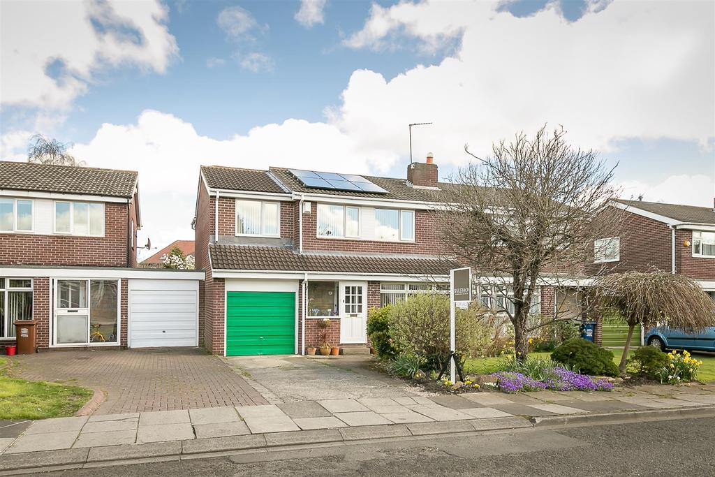 4 Bedrooms Semi Detached House for sale in Alnmouth Drive, South Gosforth, Newcastle upon Tyne