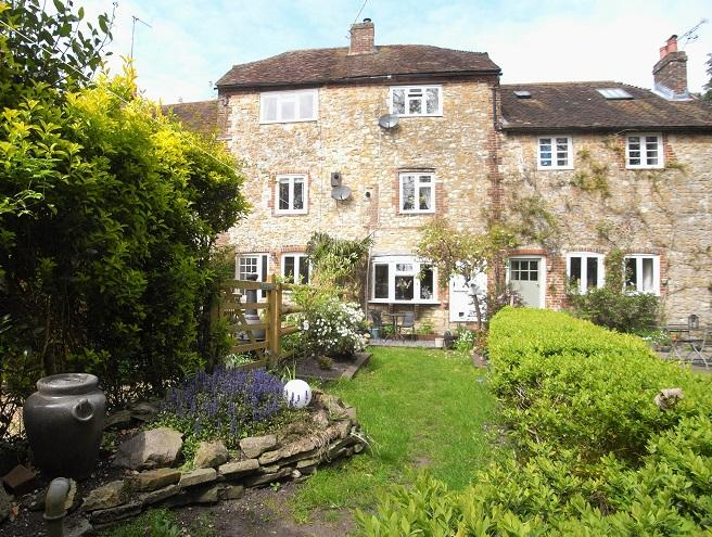 2 Bedrooms Cottage House for sale in 11 Brewers Yard, Storrington RH20