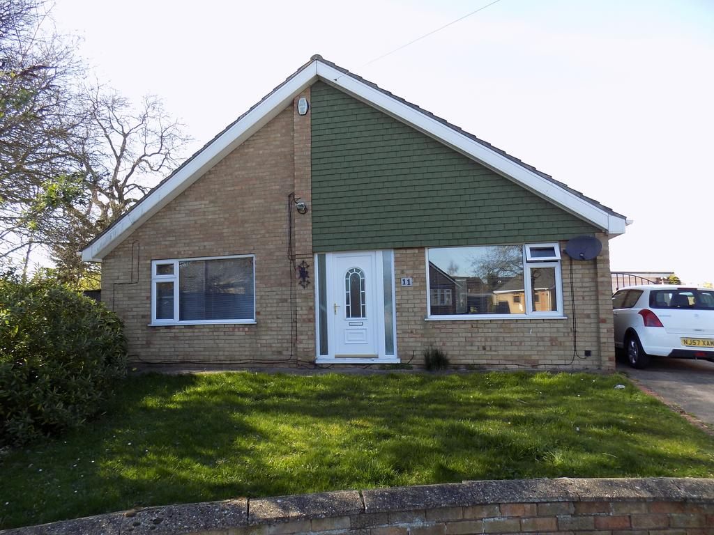 3 Bedrooms Detached Bungalow for sale in Magnolia Rise, Immingham DN40