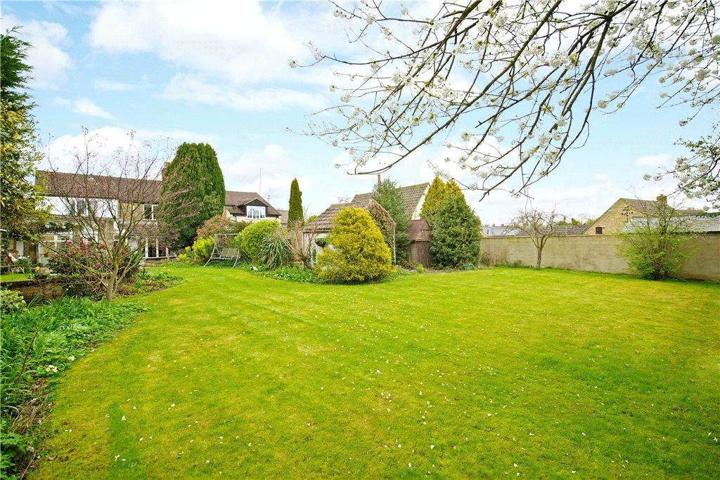 4 Bedrooms Unique Property for sale in High Street, Roade, Northamptonshire