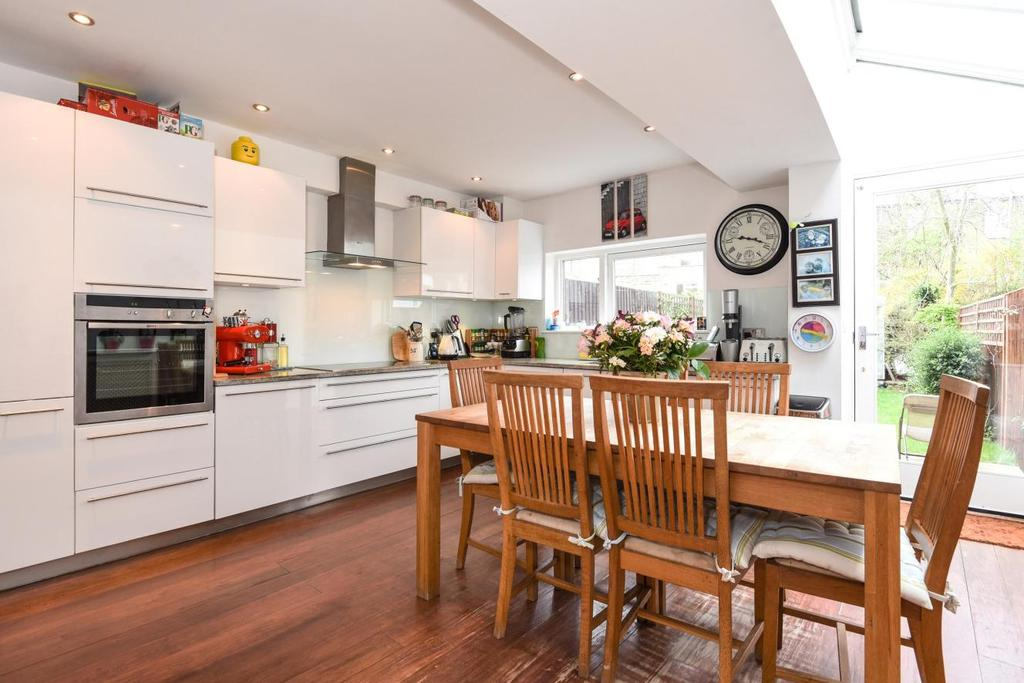 5 Bedrooms Terraced House for sale in Maygrove Road, West Hampstead, NW6