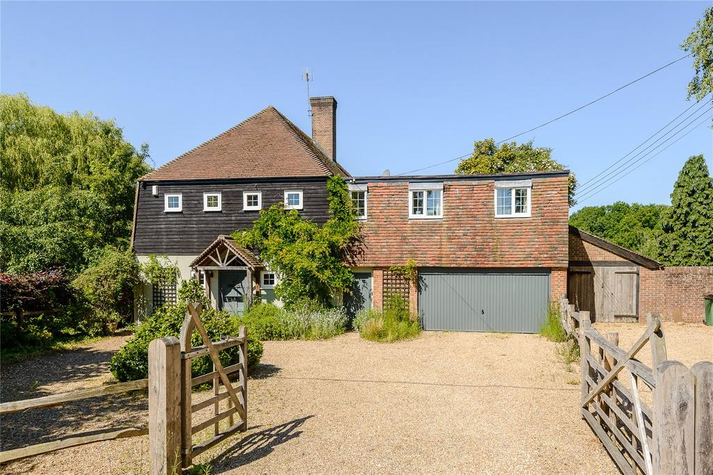 5 Bedrooms Detached House for sale in Old Holbrook, Horsham, West Sussex