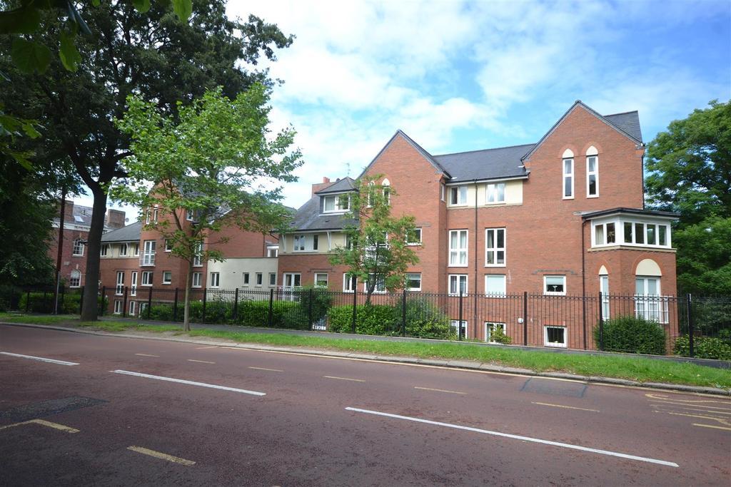 1 Bedroom Retirement Property for sale in Sanford Court, Sunderland