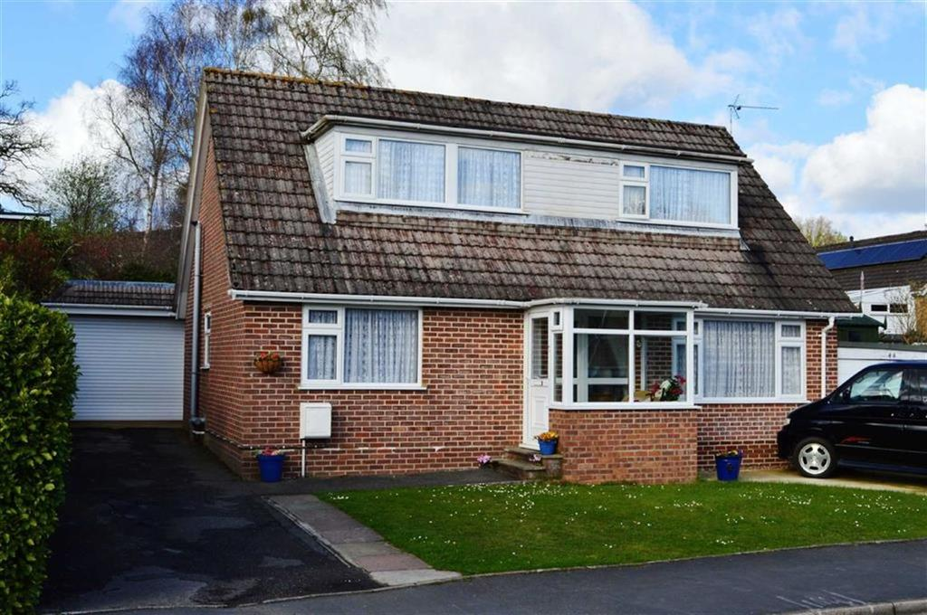 4 Bedrooms Chalet House for sale in Cutlers Place, Wimborne, Dorset