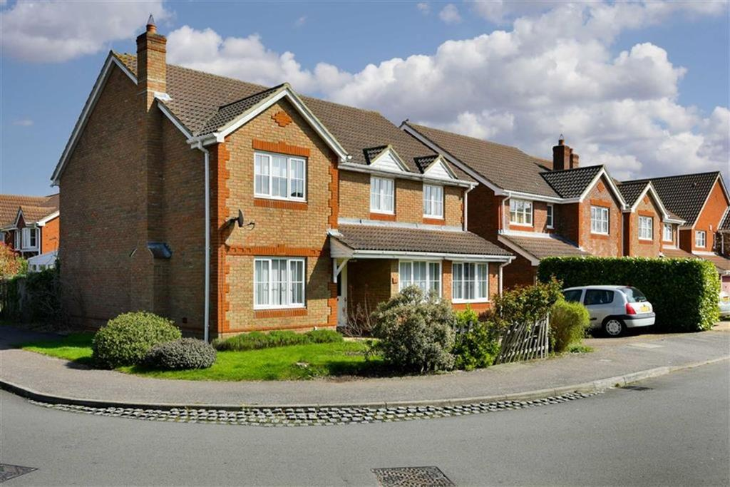 5 Bedrooms Detached House for sale in William Evans Road, Epsom, Surrey