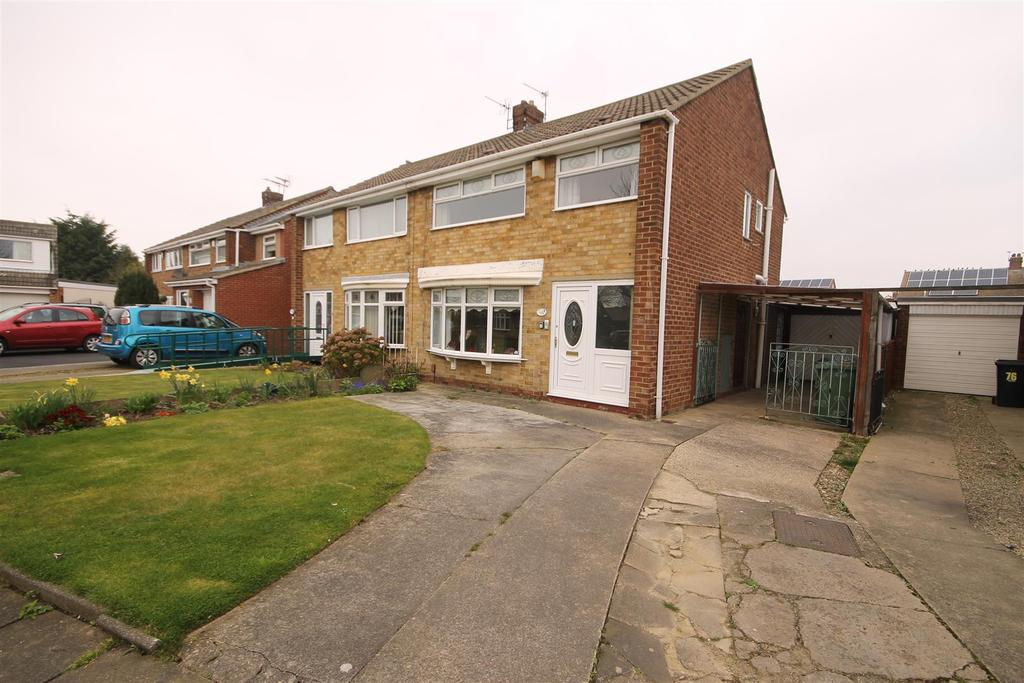 3 Bedrooms Semi Detached House for sale in Fens Crescent, Hartlepool
