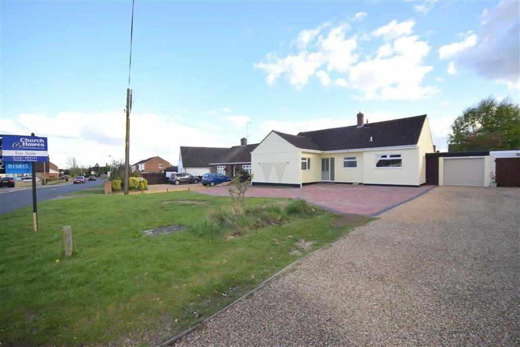 3 Bedrooms Bungalow for sale in Barbrook Lane, Tiptree