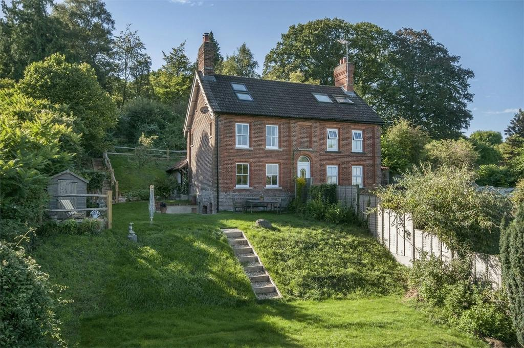 2 Bedrooms Semi Detached House for sale in Shawford, Winchester, Hampshire