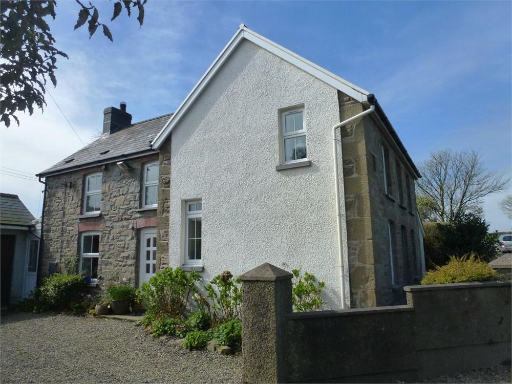 4 Bedrooms Detached House for sale in Llwynhelyg, Sarnau, Llandysul, Ceredigion