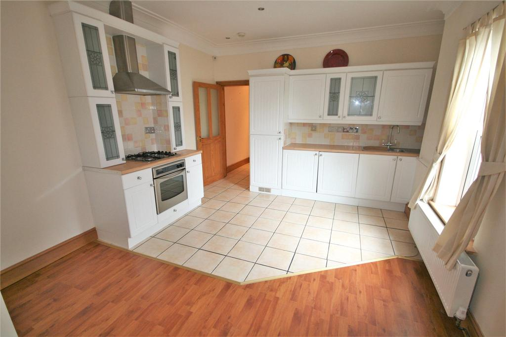 1 Bedroom Flat for sale in Abbey Park Road, Grimsby, DN32