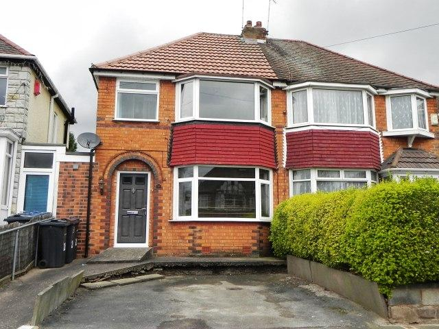 3 Bedrooms Semi Detached House for sale in Edgemond Avenue,Erdington,Birmingham