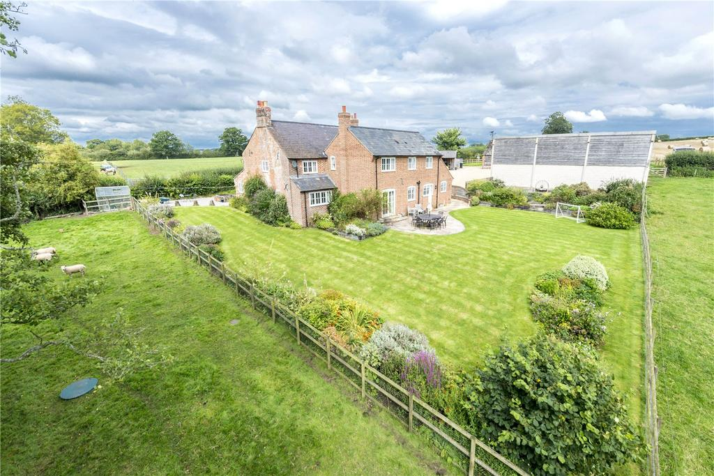 5 Bedrooms Equestrian Facility Character Property for sale in Angers Lane, Fiddleford, Sturminster Newton, Dorset