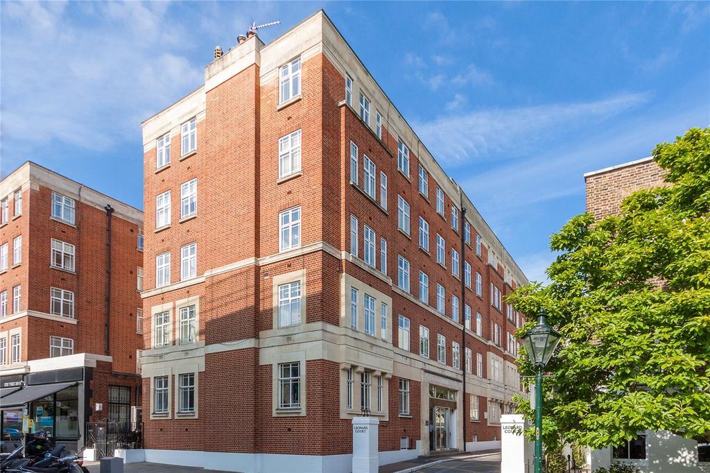2 Bedrooms Flat for sale in Leonard Court, Edwardes Square, London