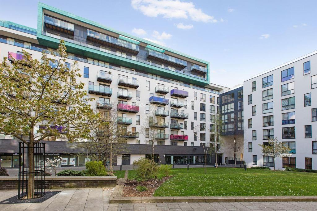 2 Bedrooms Flat for sale in Lewisham SE13