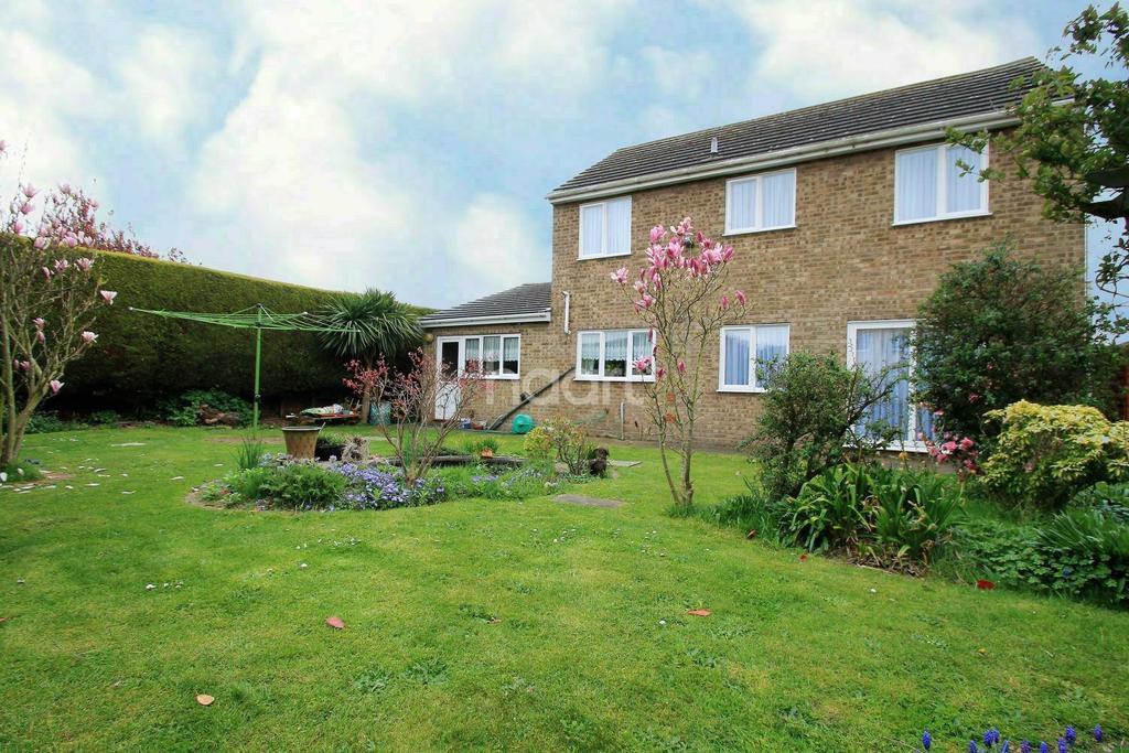 4 Bedrooms Detached House for sale in Grange Park Area