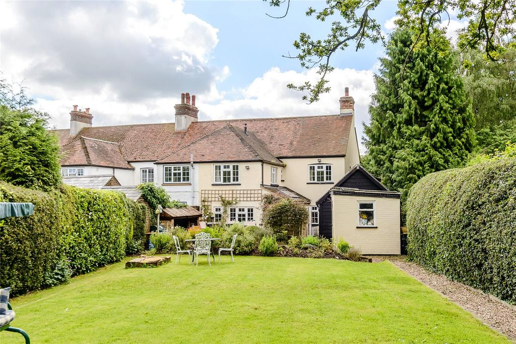 4 Bedrooms House for sale in Widmore Cottages, Bradden Lane, Gaddesden Row, Hertfordshire