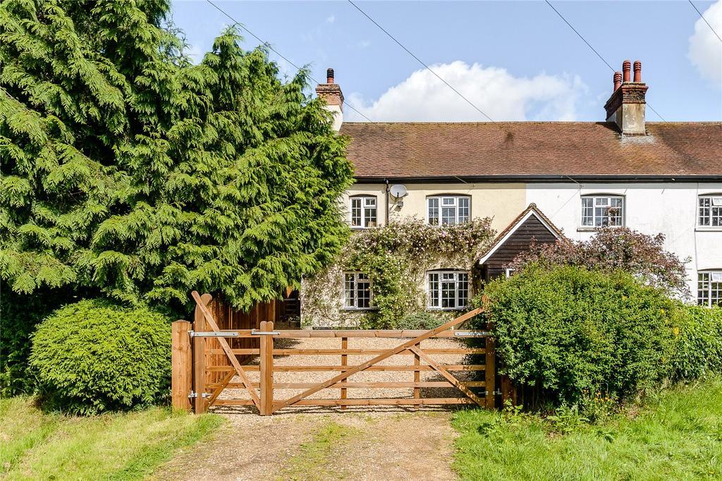 4 Bedrooms House for sale in Widmore Cottages, Bradden Lane, Gaddesden Row, Hertfordshire