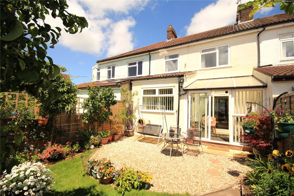 3 Bedrooms Terraced House for sale in Frenchay Road, Downend, Bristol, BS16