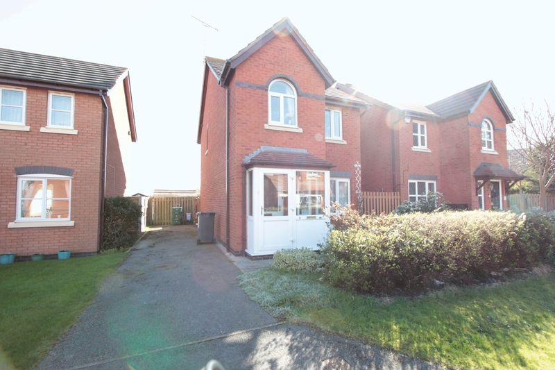 3 Bedrooms Detached House for sale in Llys Y Pendefig, Kinmel Bay