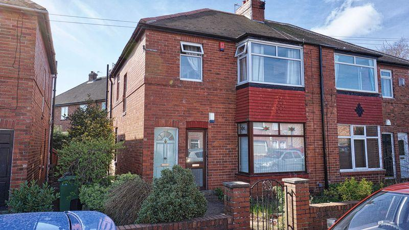 2 Bedrooms Apartment Flat for sale in BOSWORTH GARDENS Heaton