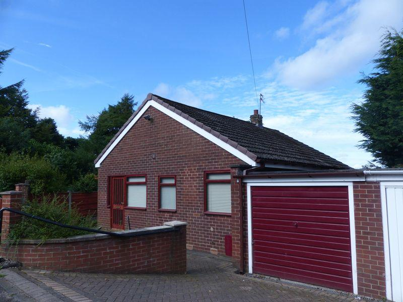 3 Bedrooms Bungalow for sale in The Knoll, Shaw
