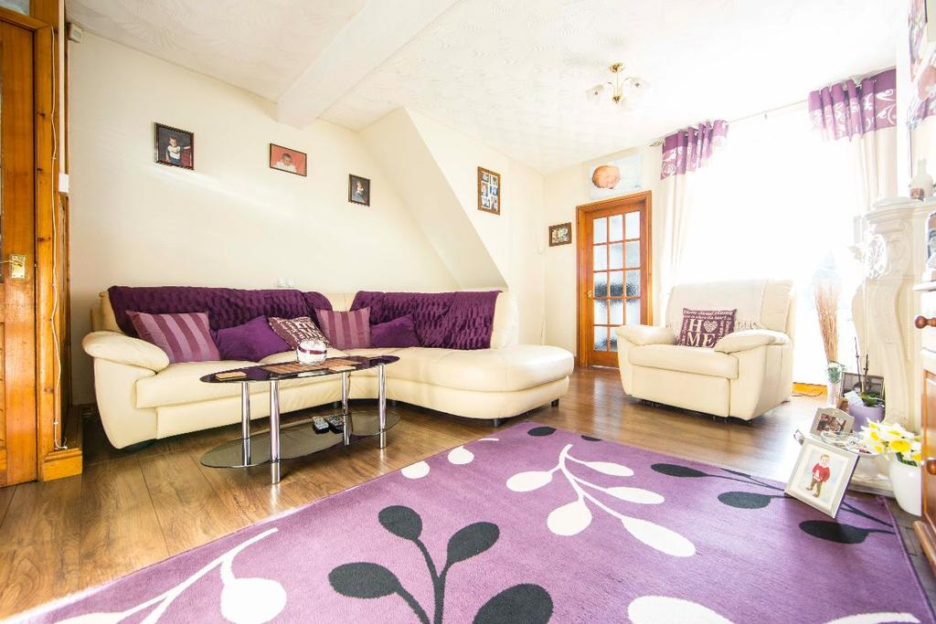 3 Bedrooms Terraced House for sale in Kimberley Place, Troedyrhiw, Merthyr Tydfil
