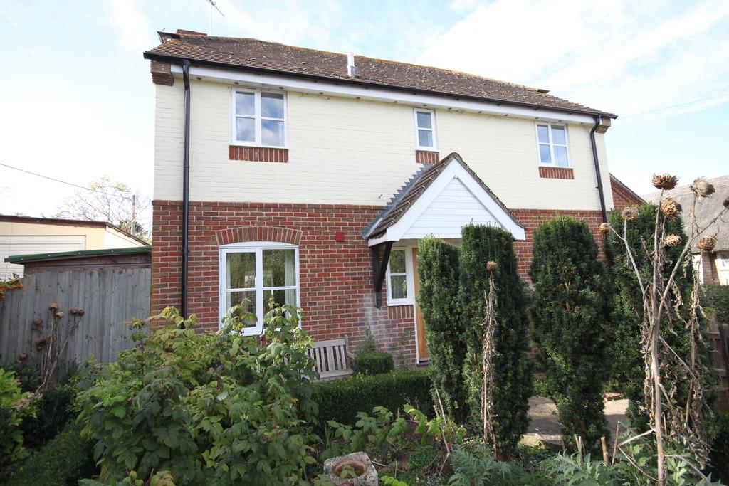 4 Bedrooms Detached House for sale in CLEARBURY CLOSE, ODSTOCK, SALISBURY, WILTSHIRE SP5 4NX