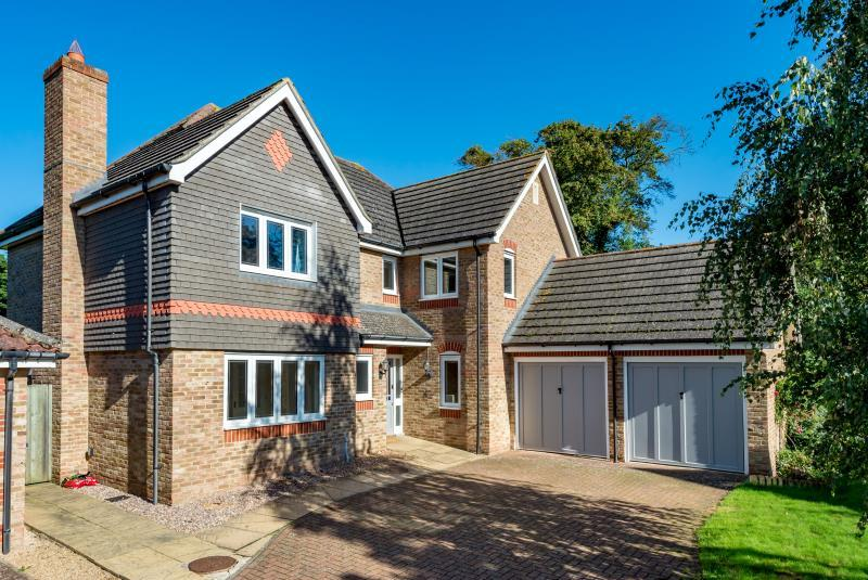5 Bedrooms Detached House for sale in Stanley Close, Yarnton, Kidlington, Oxfordshire