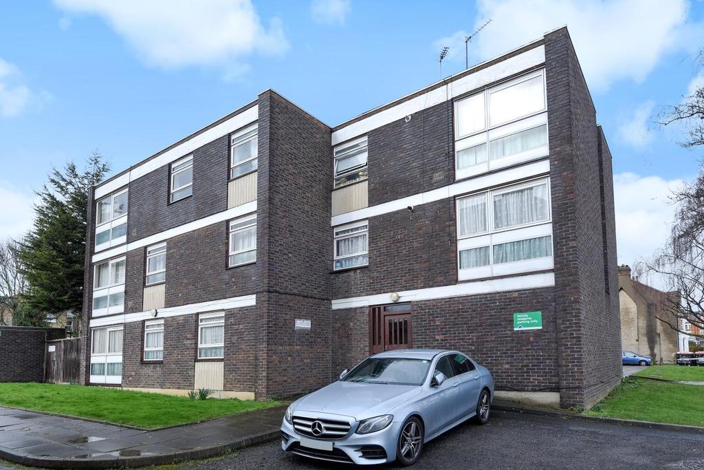 2 Bedrooms Flat for sale in Elsenham Street, Southfields, SW18
