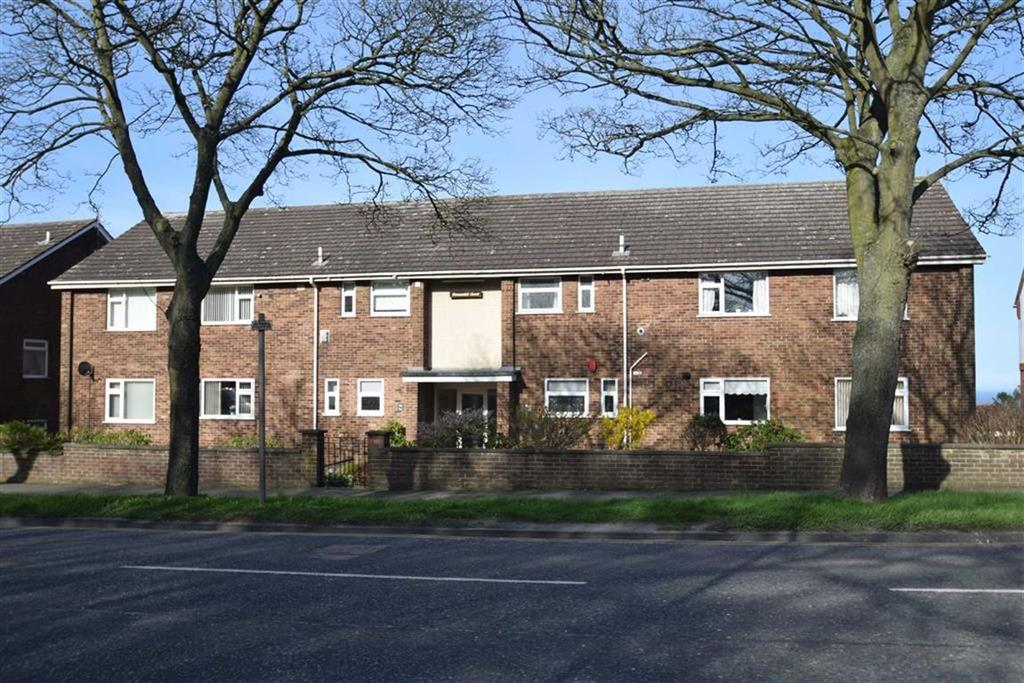 2 Bedrooms Flat for sale in Filey Road, Scarborough, YO11