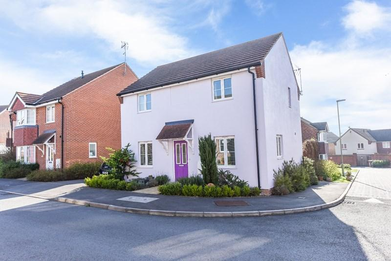 3 Bedrooms Detached House for sale in Romney Road, Andover