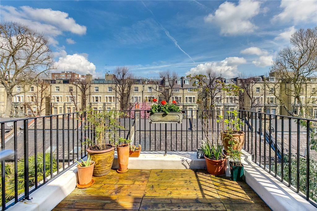 3 Bedrooms Flat for sale in Beaufort Street, Chelsea