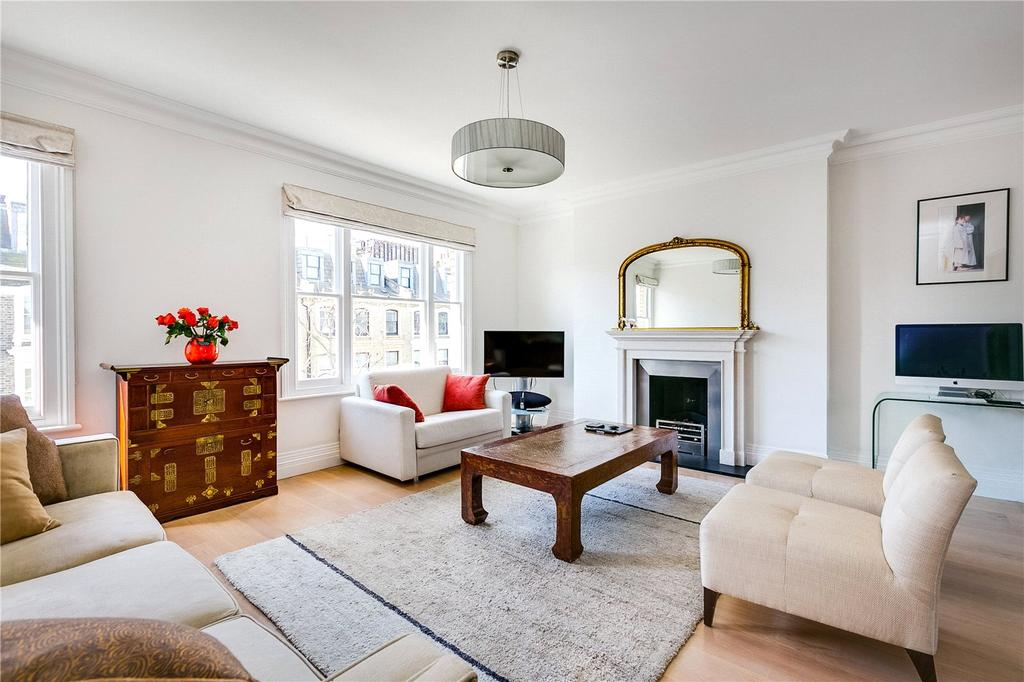 3 Bedrooms Flat for sale in Beaufort Street, Chelsea