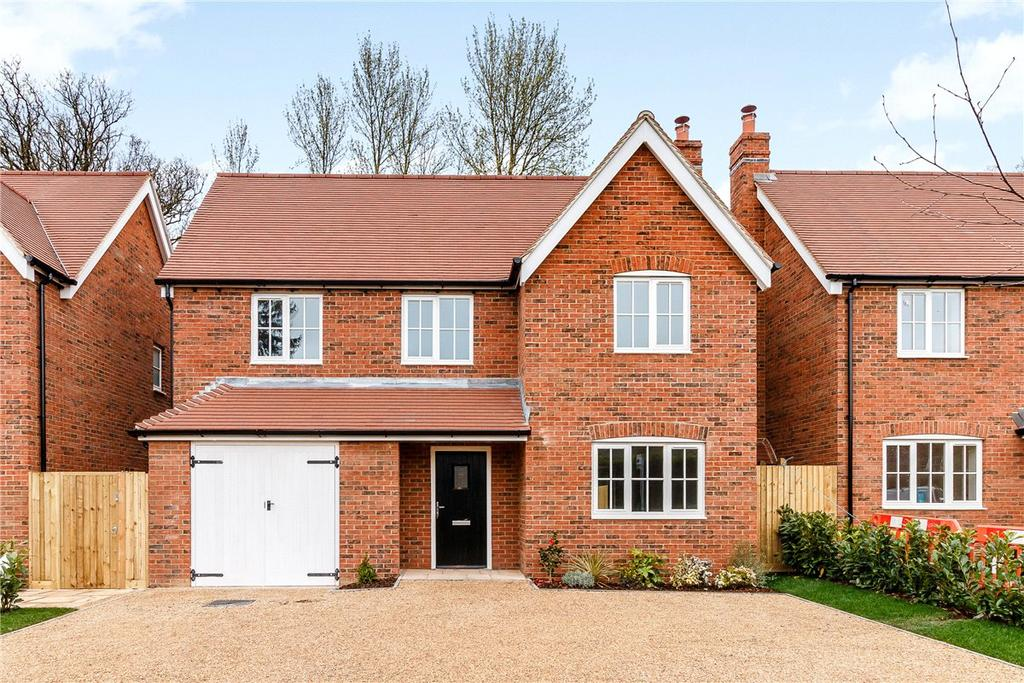 4 Bedrooms Detached House for sale in Hermitage, Thatcham, Berkshire, RG18